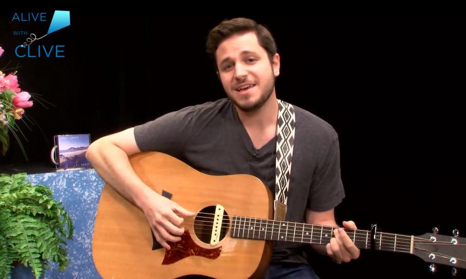 Singer-songwriter, Corey Lewin