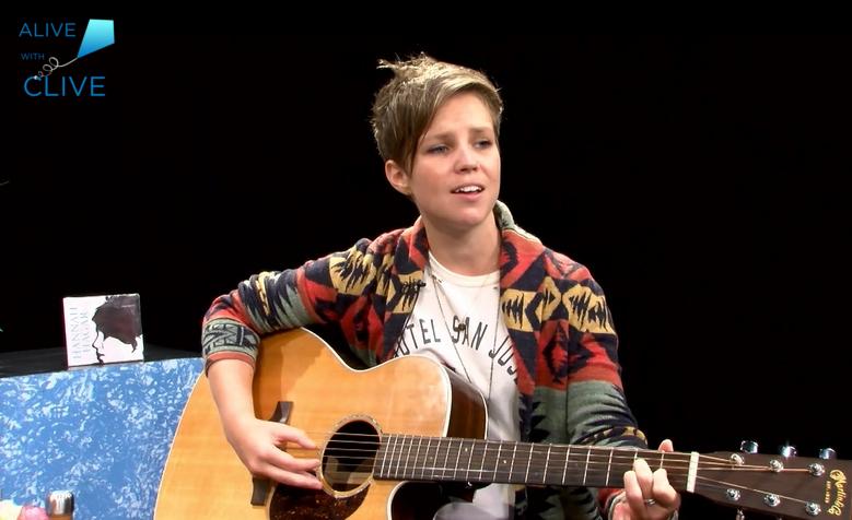 Singer-songwriter, Hannah Hagar