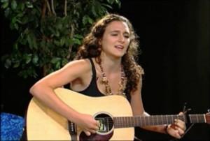 Singer-songwriter, Robin Irene Moss