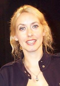 Singer/songwriter, Lisa Redford