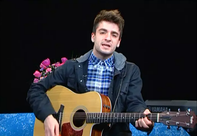 Singer-songwriter, Alec Chambers