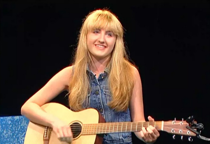 Singer-songwriter, Chloe Collins, on Alive with Clive