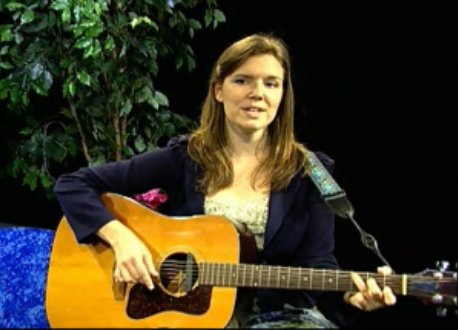 Singer-songwriter, Jo Kroger