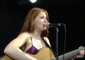 Singer-songwriter, Katherine Evans