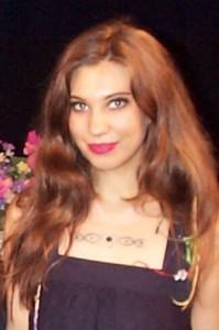 Singer-songwriter, Laurie Lehner