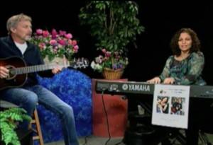 Singer-songwriter, Lisa Jane Lipkin, accompanied by Jay Hitt