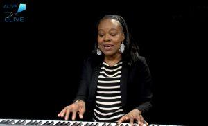 Singer-songwriter, Markeisha Ensley