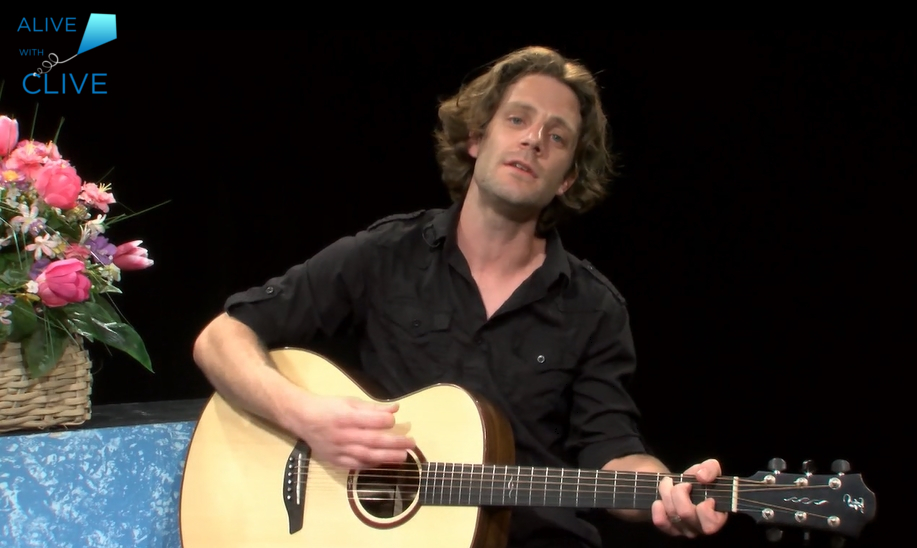 Singer-songwriter, Matt Colligan