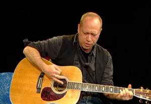Singer-songwriter, Paul Sachs