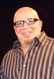 Singer-songwriter, Robert Daniels