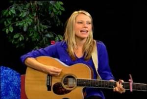 Singer-songwriter, Sara Nelms