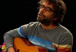 Singer-songwriter, Simon van Gend