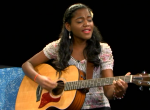 Singer-songwriter, Yaniza Doré